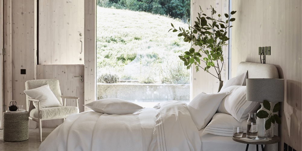 The White Company, A Guilt-Free Lie In